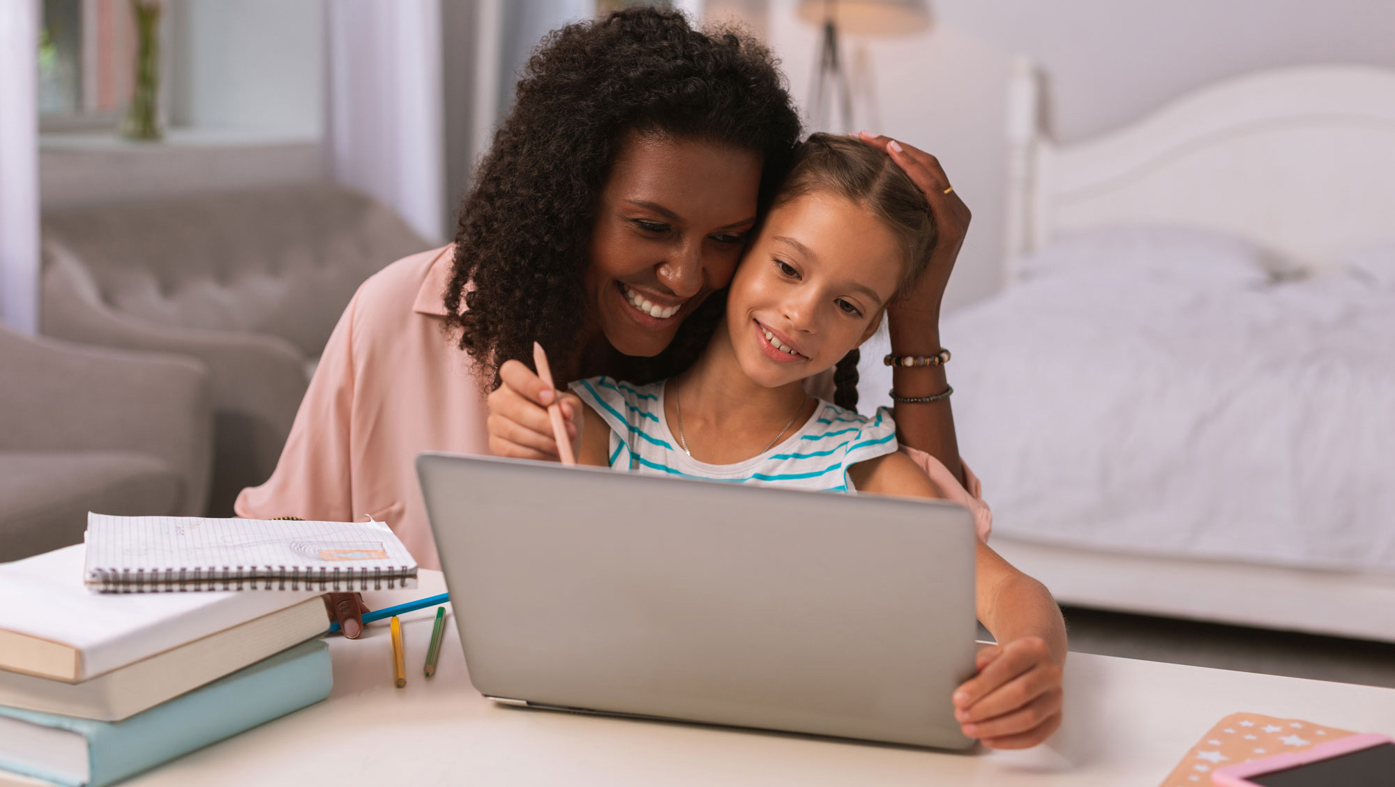 Virtual Prep Mother with her student - Virtual Prep Academy at Lucerne - Tuition-free Online School